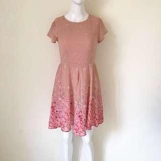 Dress Chic Simple Dust Pink Floral