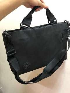 Crumpler Laptop Bag - 15 inch laptops