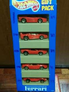 Ferrari Hot Wheels Gift Pack 1:64 Red 5 Pieces Diecast Model Car