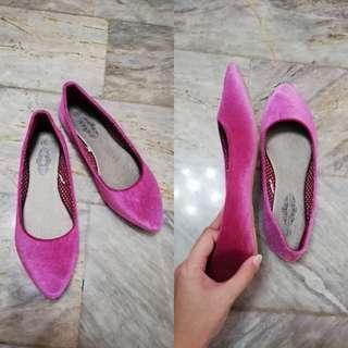 Christian Albert Flat Shoes Size 9
