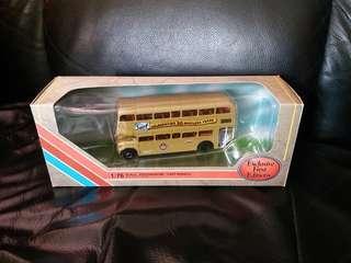 EFE25514C RML Routemaster Golden Jubilee Surf 巴士模型