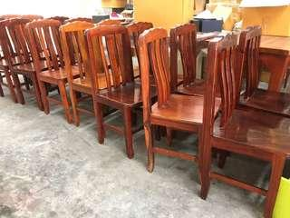 LOT - 30 strong wooden chair