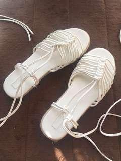 [brand new] forever 21 white sandals
