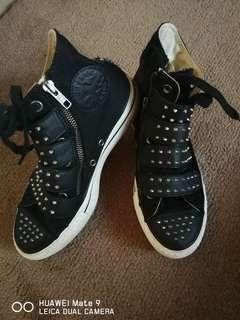 Converse high cut sneakers size 6.5 to 7