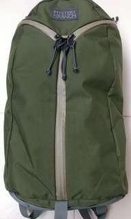 Mystery Ranch Urban Assault 軍綠, 特色背囊設計方便好用, 只用幾次,非常之新(arcteryx gregory porter adidas nike)