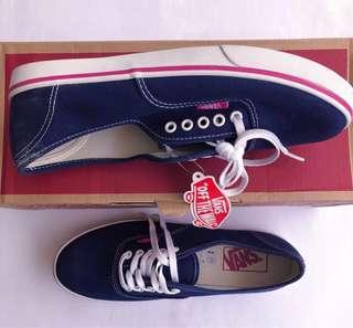 0983b81e59 Vans Authentic Lo Pro (Blue Depths Very Berry)