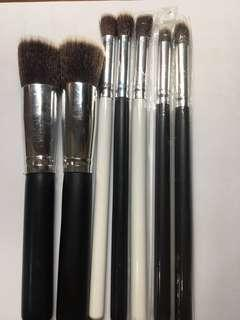 Generic Makeu Brushes