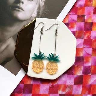 🚚 Fineapple Earrings