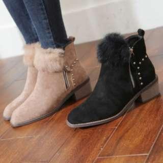 【預購】韓國   훼이스(1460637):兔毛*靴子/女鞋(尺寸:230-250)_免運。