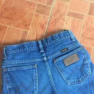 Wrangler Vintage Mom Jeans Ripped