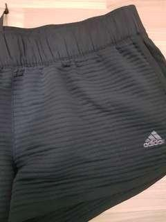 BNWOT ADIDAS LIMITED EDITION LINED SHORTS SIZE L