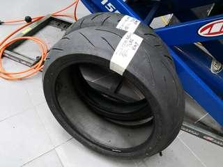 Used tyre s21 120 200