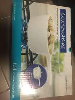Corningware 1.5L covered saucepan