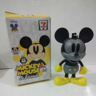 包平郵 全新 7-11 mickey mouse 米奇老鼠 鎖匙扣