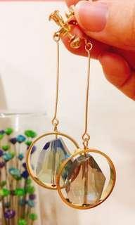 🚚 全新夾式亮寶石耳環