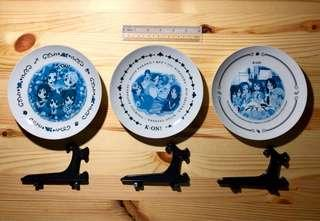 K-ON! scenes plates with stands