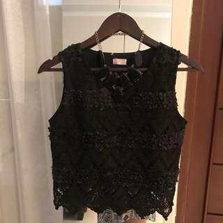 Premium black top+necklace