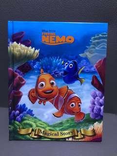 BN Disney finding nemo book
