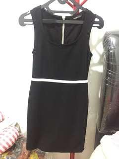 Dress Hitam Body&Soul