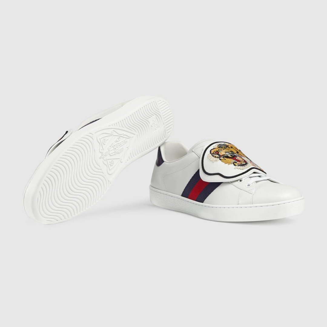 781bfd9ab Ace sneaker with embroidered tiger head removable patches, Men's ...