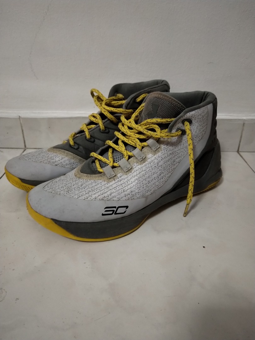 e624e2401cee Authentic Under Armour Curry 3 Basketball shoes