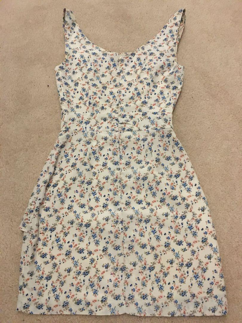 Bardot dress summer floral size 6