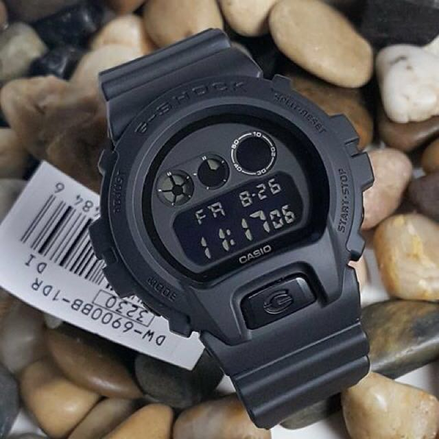 3ca1c6705a530 Blackout 100% Authentic Casio Gshock DW6900 Unisex with FREE ...