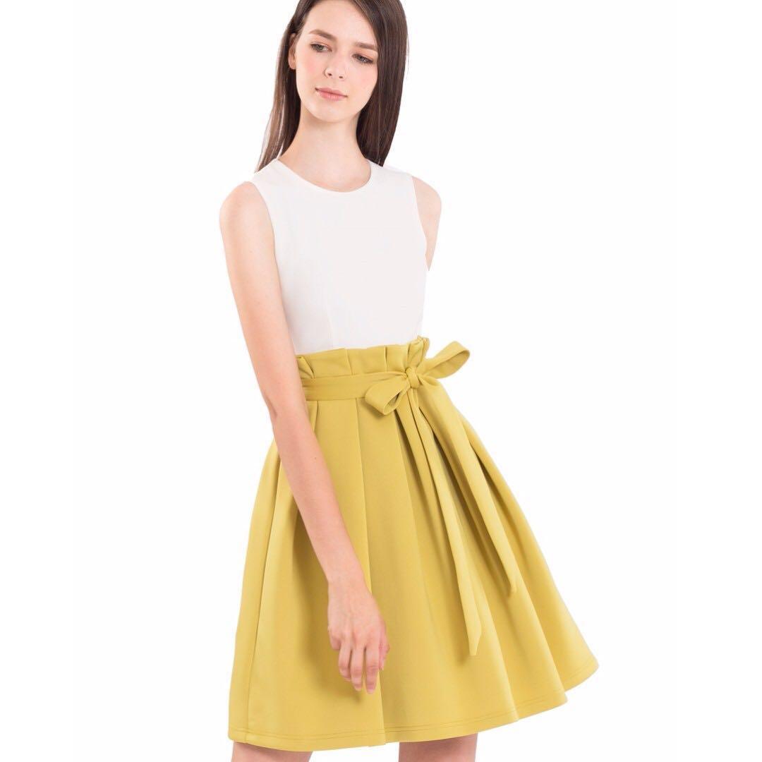7b9e6100a24 Doublewoot Dicharli (white + lime yellow), Women's Fashion, Clothes ...
