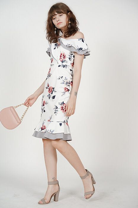 add1707a787 MDS Mermaid Ruffle Dress in White Floral