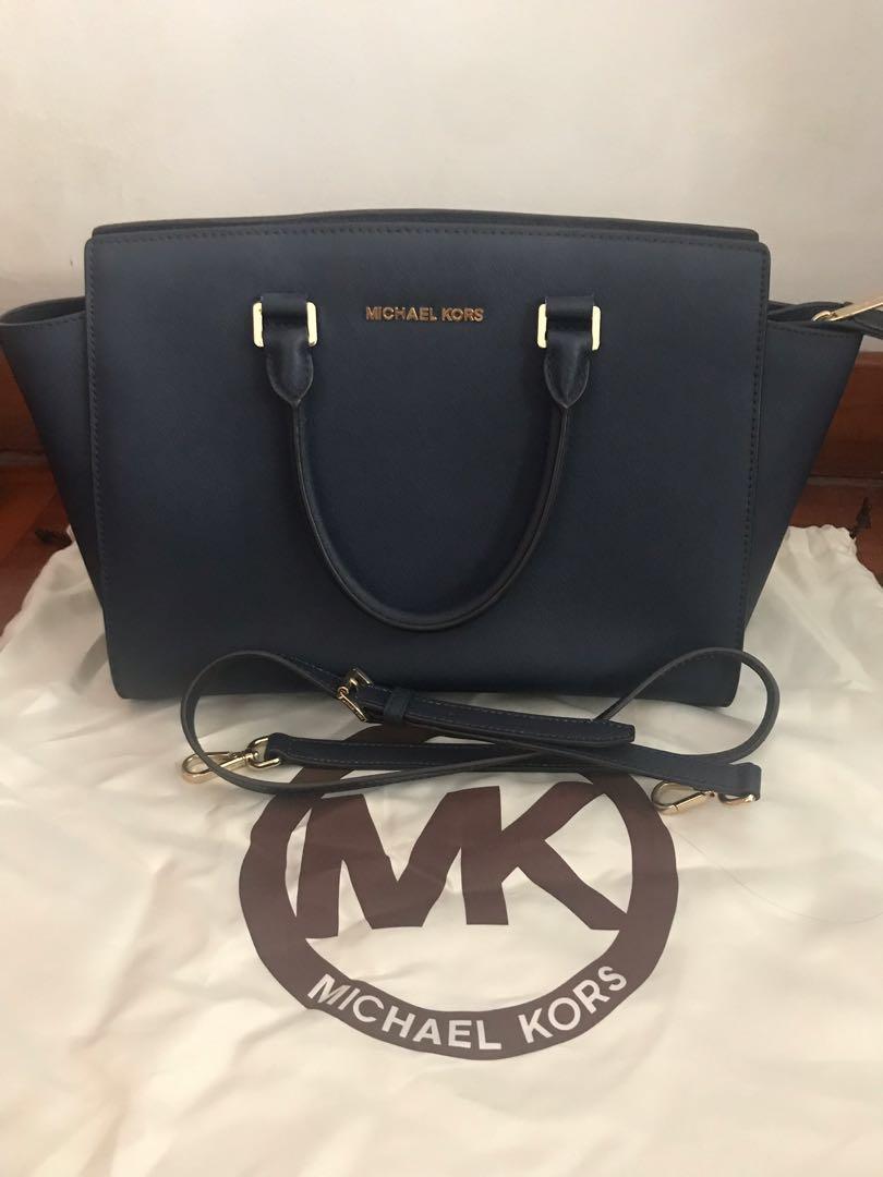 689b1dda3ae628 Michael Kors Large Selma Leather Satchel (Navy) Pre-loved, Luxury ...