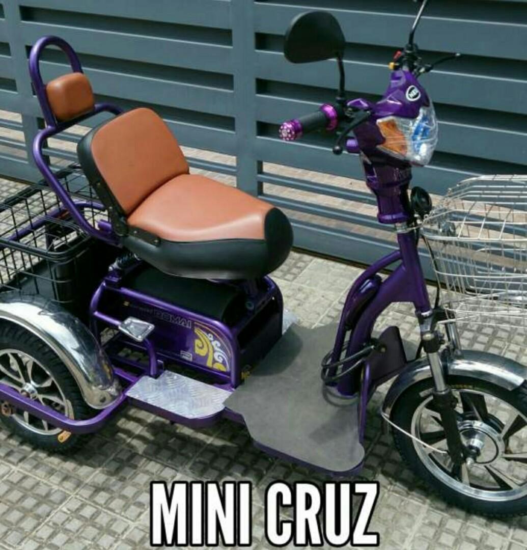 117ec31f95f Romai Cruz Tri E-Bike, Motorbikes on Carousell