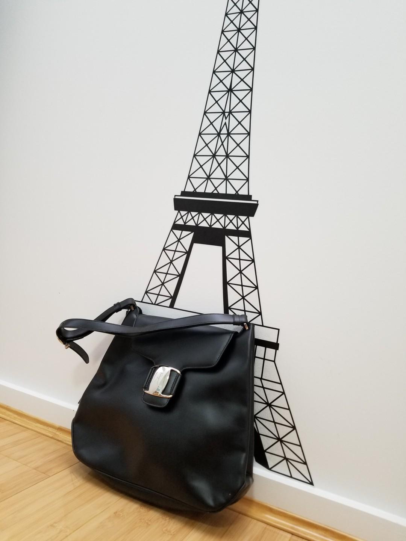 Salvatore Ferragamo Black Leather Buckle Flap Shoulder Bag