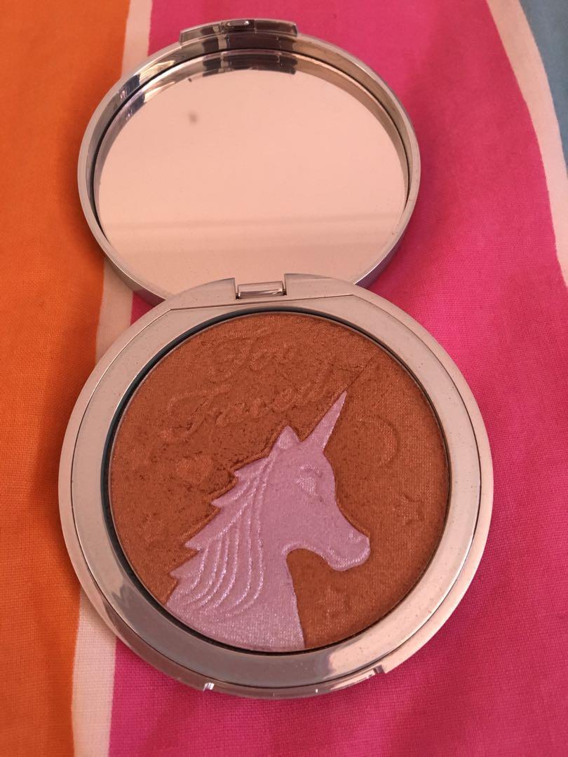 Too Faced unicorn bronzer