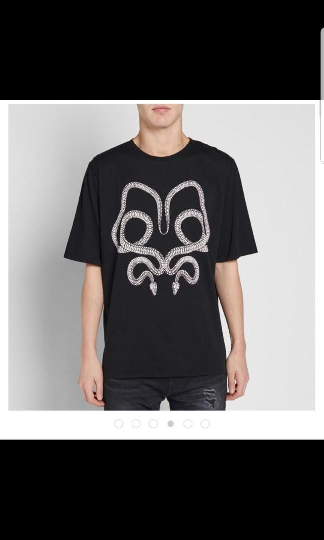 STEAL) YSL Saint Laurent snake print tee XS, Men's Fashion