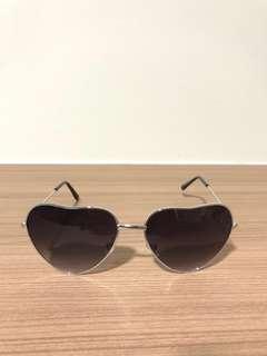 Heart shaped sunglasses shades