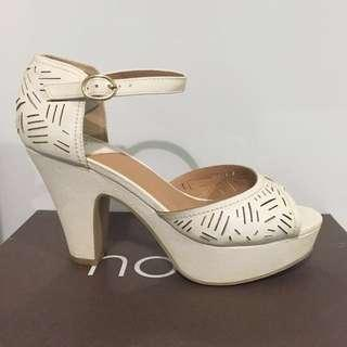 [Novo] White Minnie Perforated Open-toe Strap Heels
