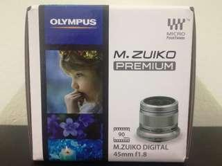 Olympus 45mm F1.8 Black color
