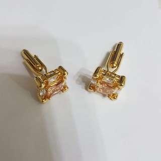 White Gemstone Gold Cufflinks