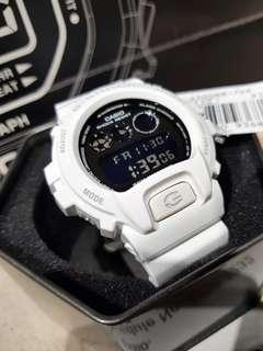 *ORIGINAL* Casio G-Shock Watch DW-6900NB-7DR (White)