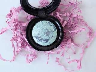 ARTDECO Baked Eyeshadow in 23-Marbled Green