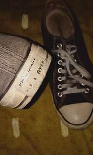 Converse size 42-43