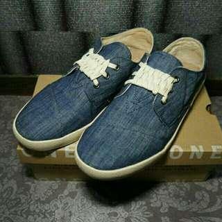 🚚 近全新正品TOMS牛仔布休閒鞋/帆布鞋/懶人鞋