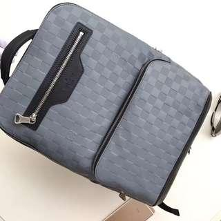 SALE!! LV Backpack📍Highest quality guaranteed