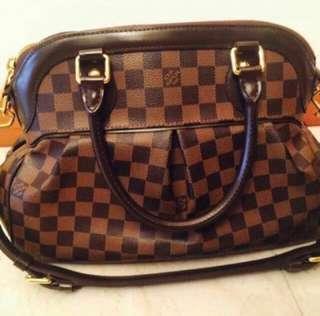 799b6e63a4f3 100% Authentic Louis Vuitton Damier Trevi PM