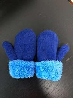 #1212 Gloves/ Mittens