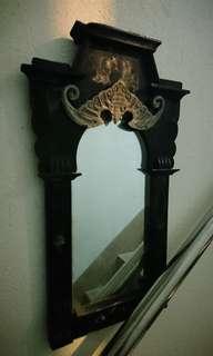 銅蝙蝠+古董木框镜
