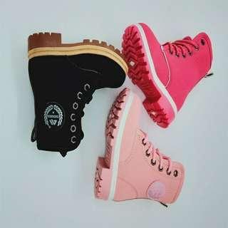 Unisex boots size 25-30