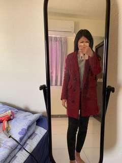 🚚 酒紅色大衣