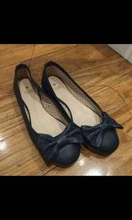 AME navy blue ballerina with bow flats