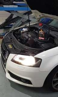 Motul Car Servicing oil